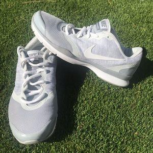 Nike in season TR 4 running training shoes gray 7